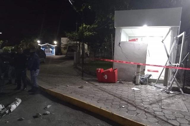 Tras balacera impiden robo de cajero en ingenio de Calipan