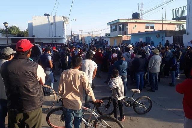 Destrozos en Nopalucan en protesta por sanitización