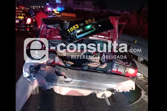 Chofer ebrio choca contra patrulla en la México-Puebla; hay 8 heridos