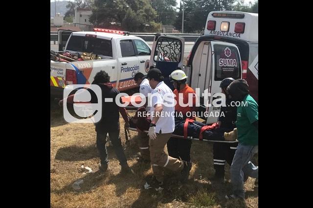 Lo balean y roban camioneta al colocar anuncio de la SSP-Puebla
