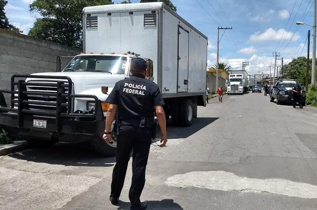 Policías extorsionan en carreteras a productores del campo: Barbosa