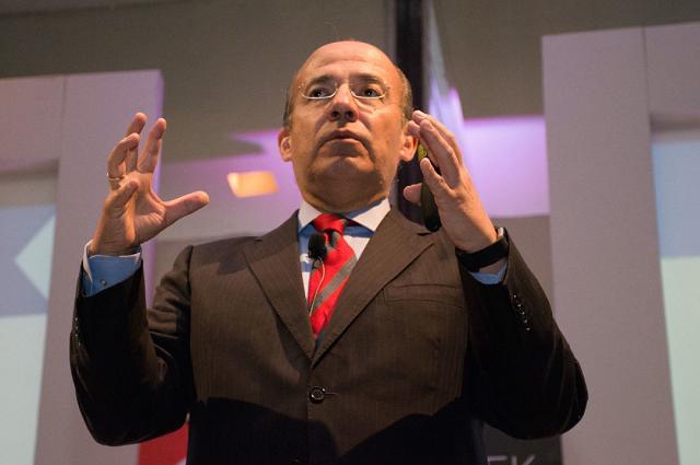 Con negativa a México Libre, avanza el autoritarismo: Calderón