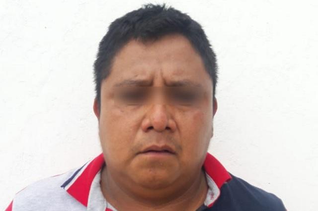 Seguirá en prisión, feminicida detenido en Coyomeapan: FGE