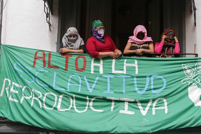 Gobierno y FGE ignoran a feministas; pactan reunión para el 14