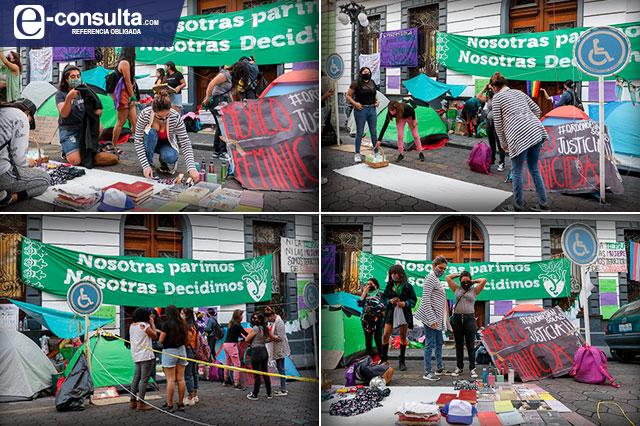 Hasta enero debaten aborto en Puebla y sigue toma del Congreso