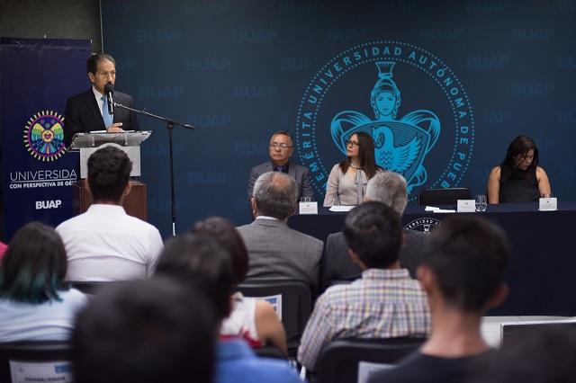 Labor comunitaria distingue a la Preparatoria Regional Enrique Cabrera