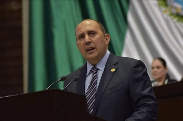 A mejorar recaudación, estados y municipios: Manzanilla