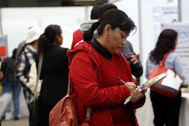Regresan mexicanos al empleo pero es informal o mal pagado