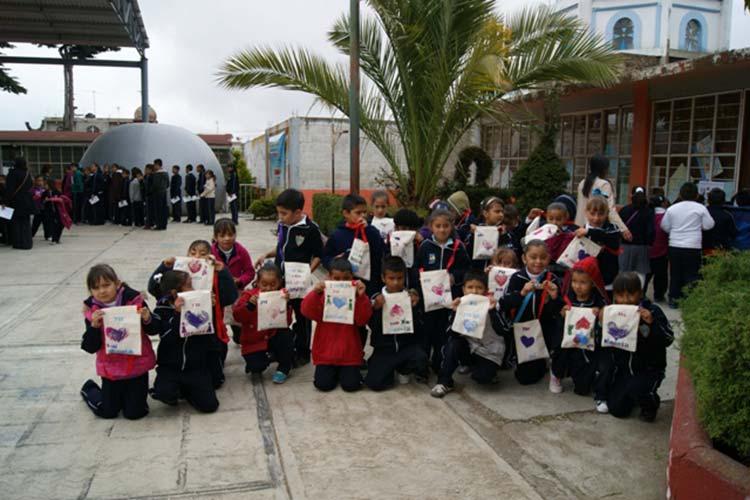 Realizan Feria de Ciencias con el GTM en Texmalaquilla y Atzitzintla