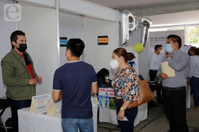 Proponen tres salarios mínimos para primer empleo en Puebla