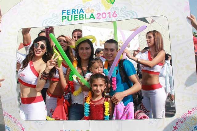 Alcanzó la Feria de Puebla al visitante 1 millón