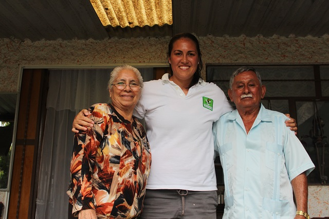 Fernanda Gutiérrez propone atención geriátrica en Tehuacán