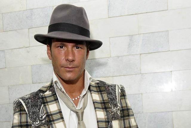 Ex de Fernando Carrillo envía contundente mensaje al actor