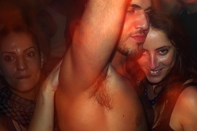 Feromonas Sexuales Humanas: ¿Mito (placebo) o Realidad (afrodisíaco)?