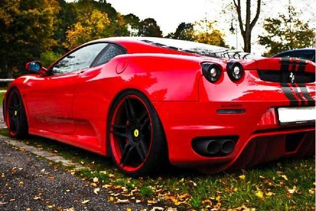 VIDEO Ferrari F430 y Nissan GT-R realizan peligrosa carrera en Argentina