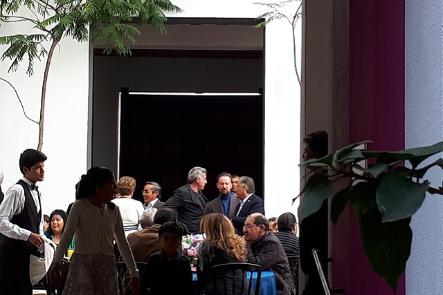 Gali y Banck arropan a Melquiades en su regreso a Puebla