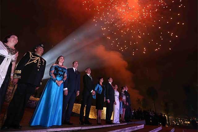 Encabezó Moreno Valle festejos por el 206 aniversario de la Independencia