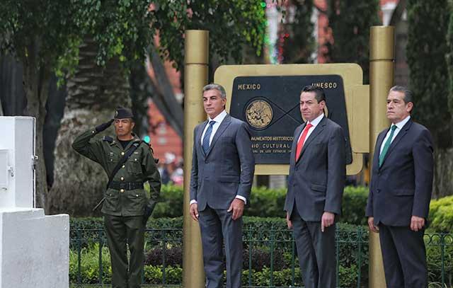 Gali concluye festejos por la Independencia de México