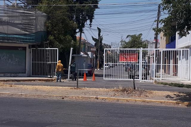 Cunde el cierre de calles con rejas para protegerse de la delincuencia