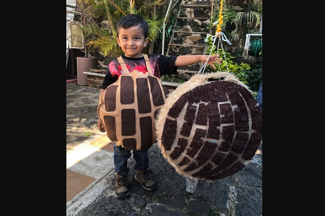 Niño fan de las conchas de pan recibe enorme sorpresa de cumpleaños