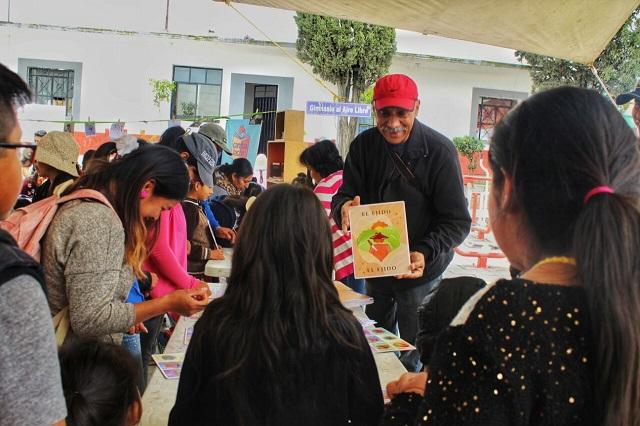 Lecturas y rock en náhuatl en la Fiesta del Libro en Canoa