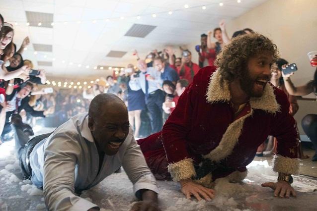¿Tu jefe odia las fiestas? 4 videos de Fiesta de navidad en la oficina