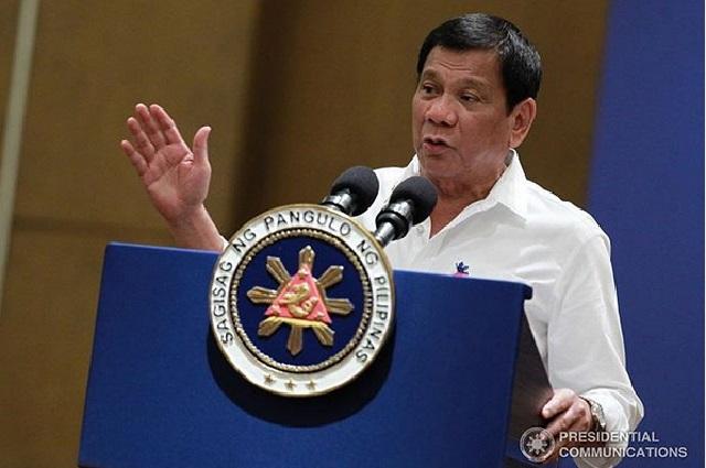 Presidente de Filipinas ordenó disparar a matar a quienes violen cuarentena