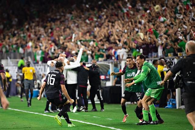 México avanza a final de Copa Oro con victoria de último minuto
