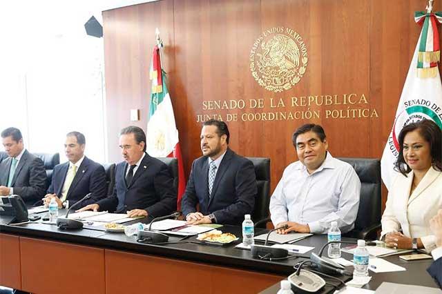 """Piden fiscal anticorrupción, pero sin 'dedazo ya lo oscurito'"""""""