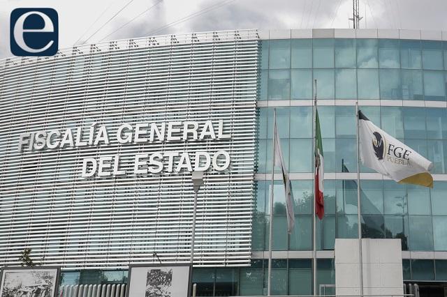 Con armas largas amagan a candidata a diputada en Puebla