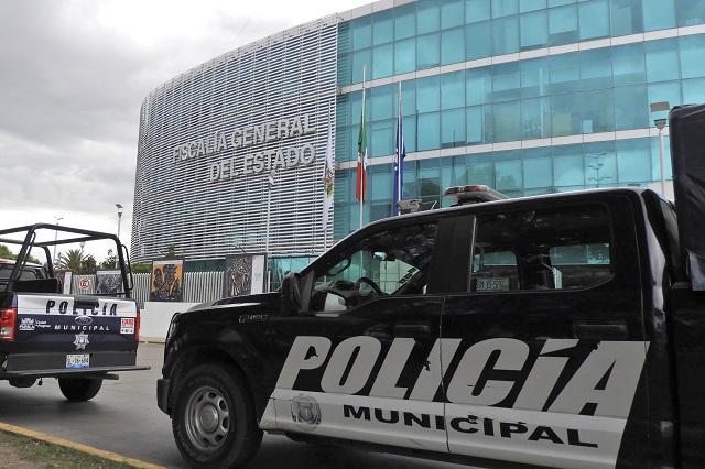 Pide Rivera denunciar abuso de policías municipales