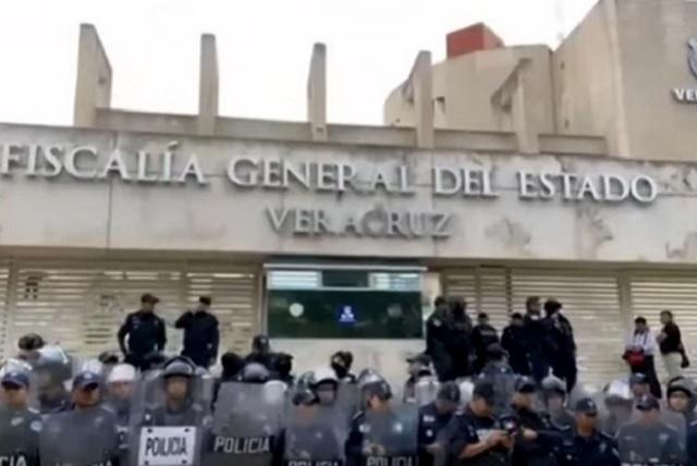Ex fiscal de Veracruz obtiene amparo para no ser detenido