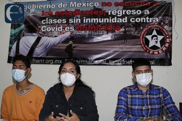 Estudiantes demandan ser vacunados antes del regreso a clases