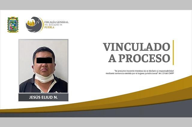 Médico preso por violar a paciente en Palmar de Bravo