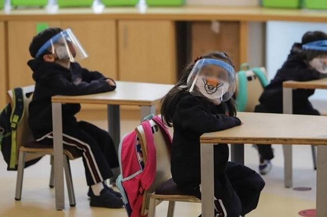 Pide CNDH al gobierno plan de regreso seguro a clases