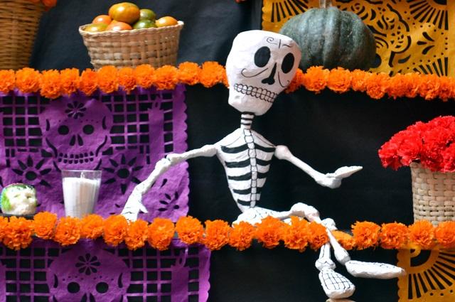 Organiza BUAP eventos culturales con motivo del Día de Muertos