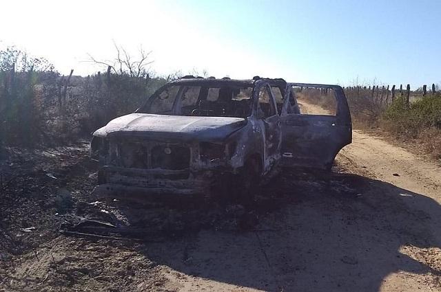 Hallan camioneta con 19 cuerpos calcinados, en Tamaulipas