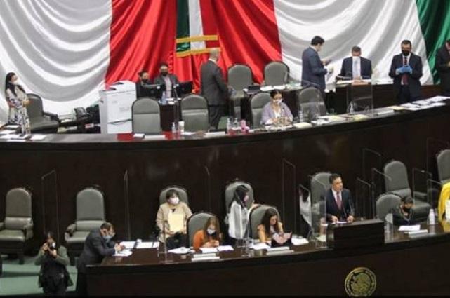 Día de la mujer indígena anima a PAN y PRI a criticar a Morena