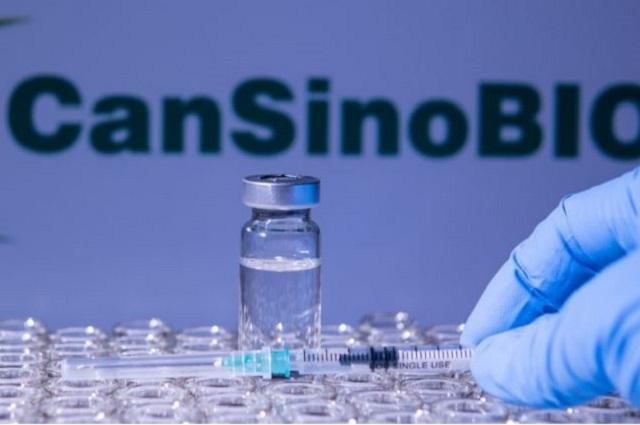 Vacuna de una sola dosis a maestros y personal de educación en Puebla