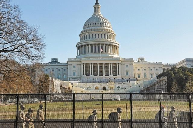 Separan a 2 guardias asignados a la vigilancia de El Capitolio