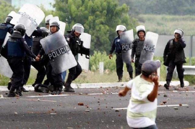 Ahora va Barbosa tras responsables de la represión en Chalchihuapan