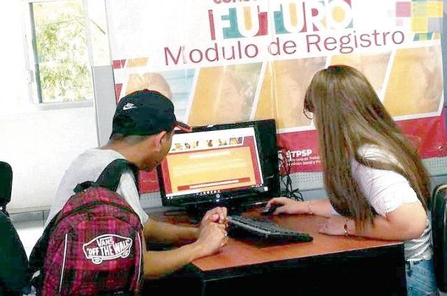 Usan datos y lucran con becas de Jóvenes Construyendo el futuro