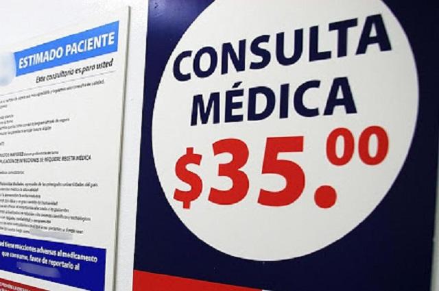 Por temor a hospitales van a consultorios anexos a farmacias