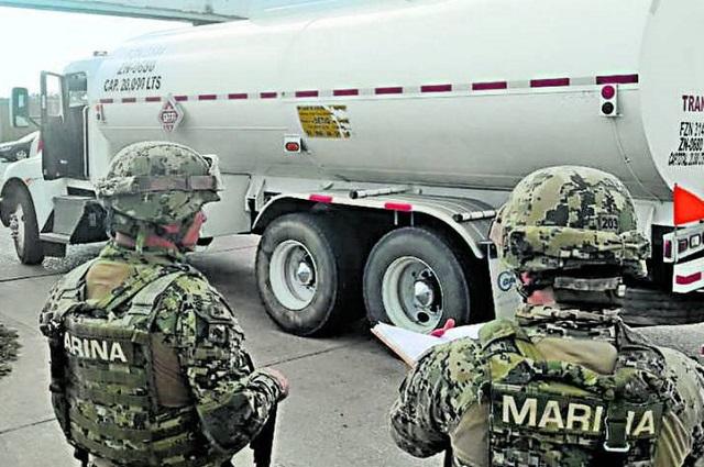 Con 8 mil soldados, aeronaves y minidrones vigilan ductos de Pemex