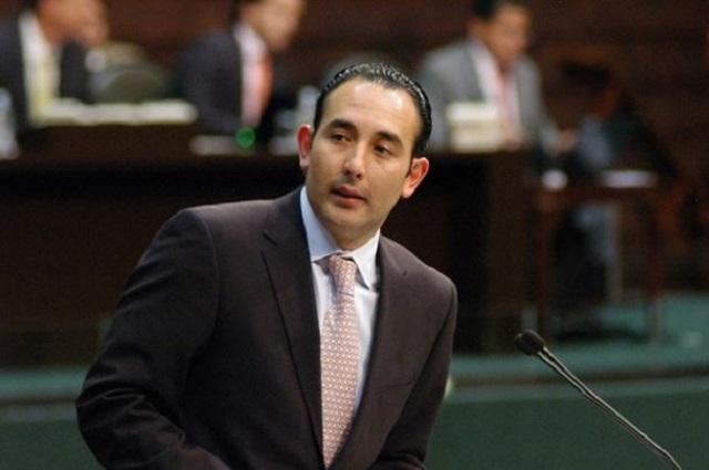 Ahora la UIF acusa al ex senador del PAN, Roberto Gil Zuarth
