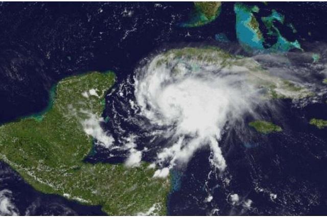 Alerta Roja en Quintana Roo por llegada del huracán Grace