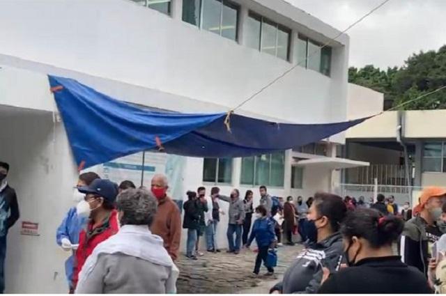 Paro en hospitales de Puebla; demandan vacunas y equipo