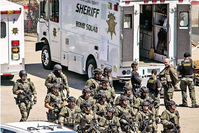 Empleado de transportes mata a 8 personas en San José California