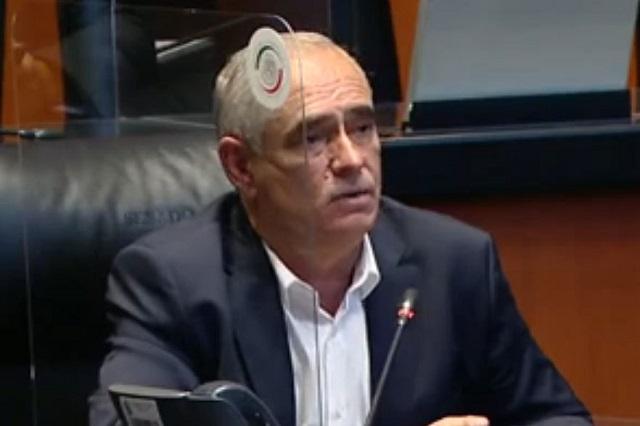 Según senador del PAN, México contrató a falsos médicos cubanos