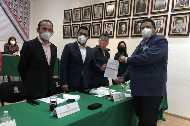 Dejan fuera a Carreto y Leobardo Soto hijo de candidaturas del PRI